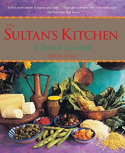 The Sultan's Kitchen: A Turkish Cookbook [Over 150 Recipes] von Periplus Editions