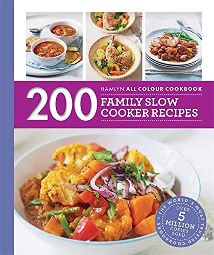 Hamlyn All Colour Cookery: 200 Family Slow Cooker Recipes: Hamlyn All Colour Cookbook von Hamlyn
