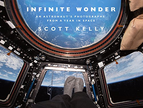 Infinite Wonder: An Astronaut's Photographs from a Year in Space von Transworld Publ. Ltd UK