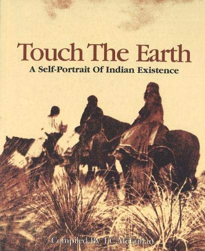 Touch The Earth: A Self- Portrait of Indian Existence von Abacus